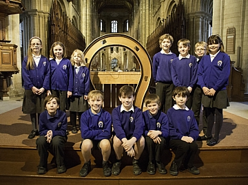 Children from Whissendine CE Primary School with the Rutland horseshoe