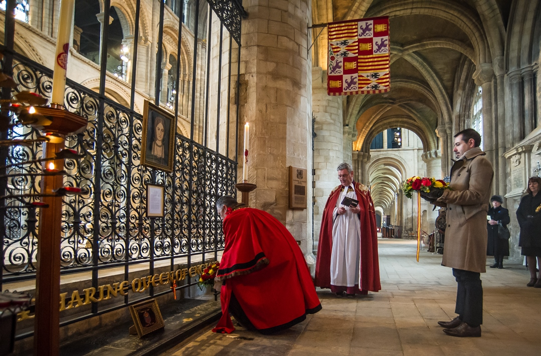 Wreaths being placed on Katharine of Aragon's tomb